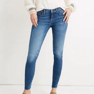 "Madewell Petite 8"" Skinny Jeans in Miranda Wash"